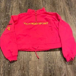 VS crop sweatshirt